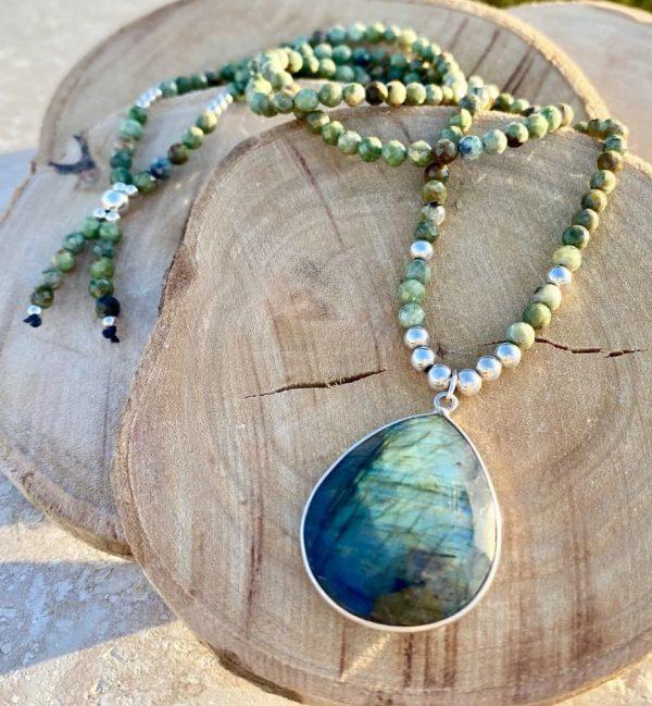 collier labradorite et perles d'australie