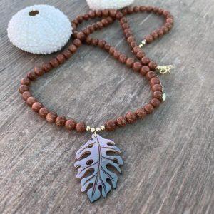 collier femme pierre semi précieuse nacre